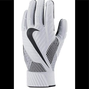 Nike D-Tack 5.0 Football Gloves NWT